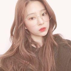 Kpop Girl Groups, Korean Girl Groups, Kpop Girls, Cool Girl, My Girl, Taehyung, Best Kpop, Japanese Girl Group, Cosmic Girls