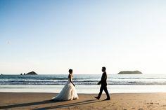 A real wedding at private villa, Casa Fantastica in Manuel Antonio, Costa Rica by destination wedding photographer A Brit & A Blonde and Weddings Costa Rica