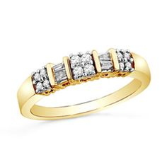 1/4 CT. T.W. Diamond Clover Band in 10K Gold
