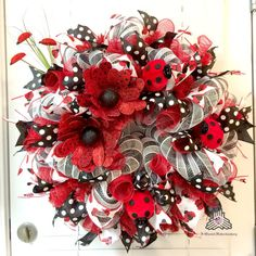 Lady Bug Deco Mesh Wreath by AQuaintHaberdashery on Etsy Wreath Crafts, Diy Wreath, Wreath Ideas, Tulle Wreath, Seashell Wreath, Santa Wreath, Wreath Making, Holiday Wreaths, Holiday Crafts