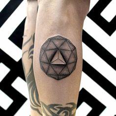 Chaim Machlev Tattoo   3D Geometric Shape