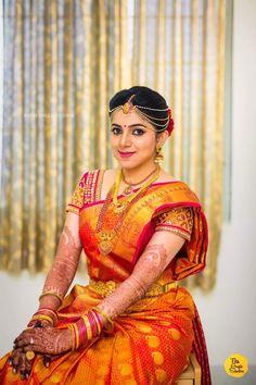 Indian Wedding Makeup, Indian Wedding Outfits, Indian Weddings, Kerala Bride, South Indian Bride, Beautiful Saree, Beautiful Indian Actress, Saree Wedding, Wedding Bride