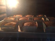 My Mind Patch: Golden Butter Cupcakes 金黄牛油杯子蛋糕 Sponge Cake Recipe Best, Sponge Cake Recipes, Cupcake Recipes, Butter Cupcakes, Banana Cupcakes, Cupcake Mold, Cupcake Cakes, Cup Cakes, Hokkaido Cake