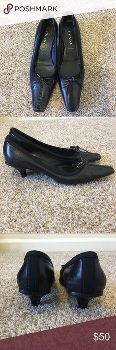 Kate Spade Kitten Heel Sandals Size 7 | Kitten heel sandals ...