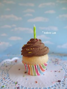 Fake Cupcake Chocolate on Vanilla Green Birthday Candle - Imagine Out Loud