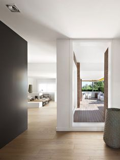Vivienda en Llaveneres by Susanna Cots | HomeDSGN, a daily source for inspiration and fresh ideas on interior design and home decoration.