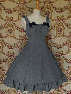 Unique, Elegant Designer Sleeveless Lovely Bow Cotton Classic Lolita Dress for Full Selection of classic lolita dresses, Tailor Made, Fast Shipping. Buy Sleeveless Lovely Bow Cotton Classic Lolita Dress Now! Gothic Lolita Fashion, Gothic Dress, Lolita Dress, Pretty Outfits, Pretty Dresses, Beautiful Outfits, Cool Outfits, Vintage Dresses, Vintage Outfits