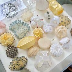 @elsamorainstant | Paper sculptures.