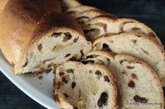 Pan di Pane: Pan Dolce semintegrale all'ananas ed uvetta.