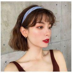 Asian Short Hair, Short Hair With Bangs, Short Hair Cuts, Korean Short Hair Bangs, Korean Hairstyle Bangs, Bob Hairstyle, Cute Short Hair, Ulzzang Short Hair, Hairband Hairstyle