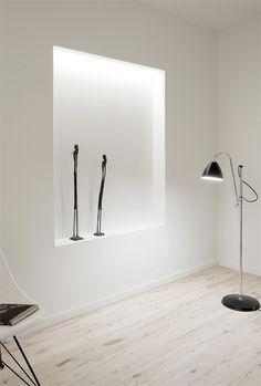 indirect lighting of wall;-)