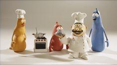 Schooltv: Wie ben ik? - Een kok van klei - Onze vriendjes van klei proberen iets te vertellen! Raad je mee? kleimannetje  kok  klei