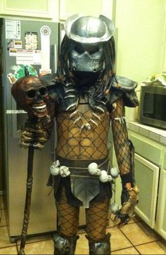 Predator - Halloween Costume Contest via Powerpuff Girls Halloween Costume, Girl Group Halloween Costumes, Kids Costumes Boys, Halloween Costume Contest, Halloween Masks, Costume Ideas, Halloween Halloween, Halloween Parties, Smurf Costume