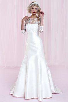 Sooooo pretty!!! Definitely having long sleeves or 3/4 length sleeves :)