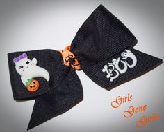 Halloween hair bow baby Halloween bow toddler by GirlsGoneGirlie Halloween Hair Bows, Halloween Ghosts, Toddler Halloween, Baby Bows, Hair Clips, Coin Purse, Ribbon, Unique Jewelry, Handmade Gifts
