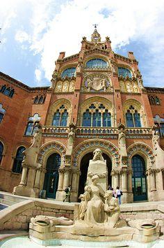 San Pau Hospital, Barcelona, Spain. Arquitecto Doménec i Montaner. Uno de los representantes del modernismo catalán.