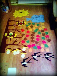 Украшаем классы к осени Diy Crafts Videos, Diy And Crafts, Paper Crafts, Autumn Leaves Craft, Leaf Crafts, Kids Artwork, Fall Crafts For Kids, Cute Dolls, Classroom Decor