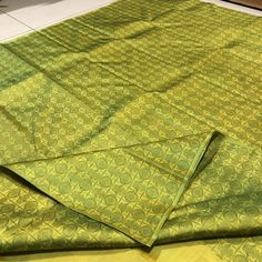 TH-KS4800026- Thamboori handwoven pure kanjivaram silk- borderless beauty- green with kanakambaram beauty