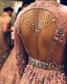 #Trending – Bejewelled Outfit Backs Are The Hottest Thing In Town!