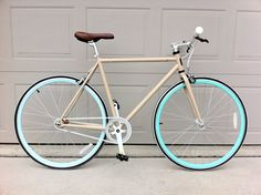 Republic Bike | Gallery | singlespeed bikes, track bikes, fixed gear bicycles, fixies, Dutch bikes built by us and you