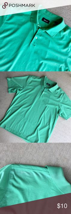 "Men's Ashworth Men's Polo Golf Shirt, Green, Large Ashworth Men's Large. Lightweight shirt perfect for warmer weather. Tag reads ""EZTech HiDEF Luxury Cotton."" 100% cotton. There is a faint line of fading behind each shoulder seam, as shown in the last picture. Otherwise, in very good pre-owned condition. Bundle with my other items for a discount. I ship quick! Ashworth Shirts Polos"