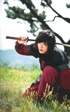 This guy may have been in one of those Korean period dramas we watched in Busan/Chuncheon... (Lee Min Ho)