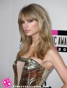 recent images of taylor swifts hair | Taylor Swift Shows Off Her New Hairstyle At The 2013 AMAs | Disney ...