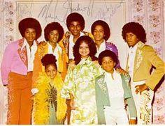 The Jackson Family - Back row: Jackie, Michael, Tito, Marlon, Jermaine; Front row: Janet, Latoya and Randy