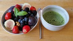 Matcha mornings are best with a hearty superfood filled breakfast. #matcha #health #wellness