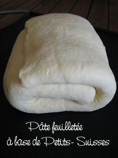 J'en reprendrai bien un bout...: Pâte feuilletée minute à base de Petits- suisses et Déclinaisons de Tartelettes salées 240 g de farine 240 g de petits suisses à 40% 120 g de beurre ramolli 1 pincée de sel
