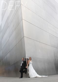 St. Louis arch wedding picture <3