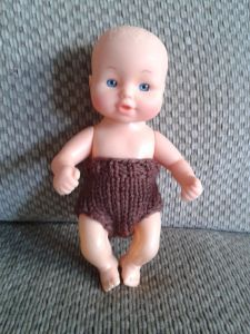Small doll clothing free patterns – The Clutter Removing Erythrocyte Knitting Dolls Clothes, Baby Doll Clothes, Crochet Doll Clothes, Knitted Dolls, Baby Dolls, Knitted Baby, Crochet Dolls, Barbie Clothes, Doll Dress Patterns