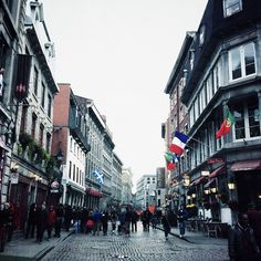 Streets of Vieux Montreal #travelpics #verymuchlikeEurope #quebec #oldworld #architecture #eastcoast #canada