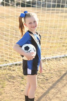 Youth Individual Soccer Poses for photography Soccer Poses, Physical Skills, Soccer Pictures, Soccer Coaching, Kids Soccer, Photography Poses, Sports, Youth, Portraits