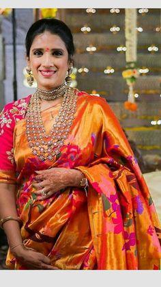 Choosing Diamond and Gemstone Rings Kanjivaram Sarees Silk, Banarsi Saree, Nauvari Saree, Lehenga, Pattu Saree Blouse Designs, Bridal Blouse Designs, Lehnga Blouse, Saree Jewellery, Bridal Jewellery