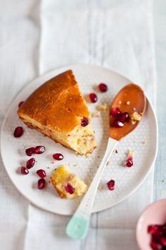 Gluten free satsuma pomegranate cake | Gluten free recipes, desserts & sweets