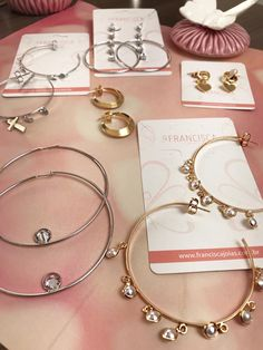The sterling silver bracelets have been incredibly popular amongst women. These bracelets are readily available in different shapes, sizes and styles. Ear Jewelry, Cute Jewelry, Jewelery, Jewelry Bracelets, Ankle Bracelets, Korean Accessories, Jewelry Accessories, Sterling Silver Bracelets, Silver Jewelry