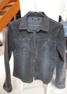 60d75a3c9e54 Petite veste de tailleur noire classique
