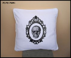Baroque Skull red x throw pillow cover - skull pillow cover, anatomy pillow cover, red pillow cover, rock n roll, goth decor Red Throw Pillows, Orange Pillows, Throw Pillow Covers, Square Lamp Shades, Small Lamp Shades, Moda Rock, Baroque, Skull Pillow, Shabby Chic Lamp Shades