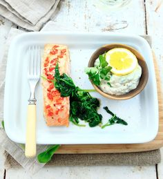 Uke 4: Spis fisk! Fresh Rolls, Avocado Toast, Food Inspiration, Quinoa, Nom Nom, Food And Drink, Health Fitness, Fish, Baking