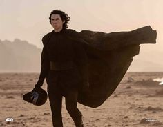 """""""New still of Adam Driver as Kylo Ren in The Rise of Skywalker"""" Knights Of Ren, Images Star Wars, Kylo Ren Adam Driver, Rian Johnson, Star Wars Kylo Ren, Star Wars Jedi, Reylo, Star Wars Episodes, The Villain"""