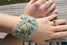 Spring Fan Wrist Cuff free crochet pattern designed by Yarn Medleys from the Heart, exclusively on Crochet. Crochet Trim, Free Crochet, Crochet Hats, Crochet Jewelry Patterns, Crochet Accessories, Crochet Wrist Warmers, Selling Crochet, Crochet Bracelet, Crochet Projects