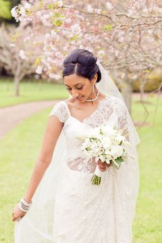 Beautiful Wedding Saree from  New Zealand wedding, Photographed by Kate Robinson Photography