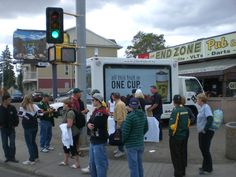Located just outside of Commonwealth Stadium before an Edmonton Eskimos game, the Booster Juice Experiential Marketing campaign was able to make quite the impression on the large crowds of football fans. #streetteam #promotionalmarketing #brandambassadors