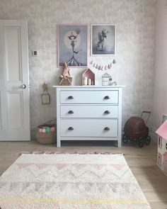 """Georgie Ludlow on Instagram: """"Love this beautiful room featuring our Azteca rug. All our rugs from Lorena Canals are MACHINE WASHABLE. Made from 100% cotton and dyed…"""" Neutral Nurseries, Nursery Neutral, Lorena Canals, Dresser As Nightstand, Rugs, Simple, Cotton, Furniture, Beautiful"""