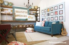 ¡Puedes conservar la mesa (arriba) o sacarla (abajo) y brindarle una nueva apariencia al cuarto! | 27 Aulas en el hogar extremadamente espectaculares que te inspirarán