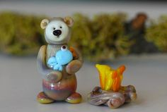 Wally's a happy Camper - Maria Grimes - Garden Path Beads #lampwork #beads