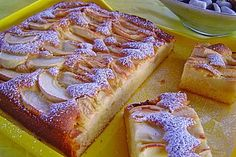 Apfelkuchen schnell und fein Apple pie fast and fine, a nice recipe from the category cake. Cake Cookies, Cupcake Cakes, Latifa, Peach Cobblers, Cake & Co, Apple Desserts, Galette, Pampered Chef, Cakes And More