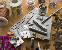 6 Riveting Tips: Master Cold Connections with Brilliant Tool. - 6 Riveting Tips: Master Cold Connections with Brilliant Tools and Expert How-To's Crystal Jewelry, Wire Jewelry, Jewelry Crafts, Jewelry Box, Handmade Jewelry, Cheap Jewelry, Quartz Jewelry, Jewelry Storage, Jewelery