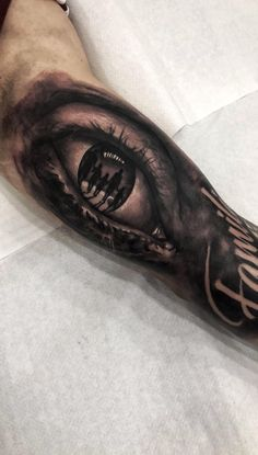 Eye with family - tattoo Hand Tattoos, Forearm Band Tattoos, Father Tattoos, Cool Tattoos, Matching Family Tattoos, Family Tattoos For Men, Meaningful Tattoos For Family, Family Sleeve Tattoo, Half Sleeve Tattoos For Guys